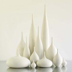Monumental-Simplicity-Stoneware-Vessels-by-Sara-Paloma-12