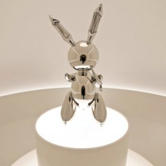 20190516_CH_Jeff-Koons_兔兔雕像_3
