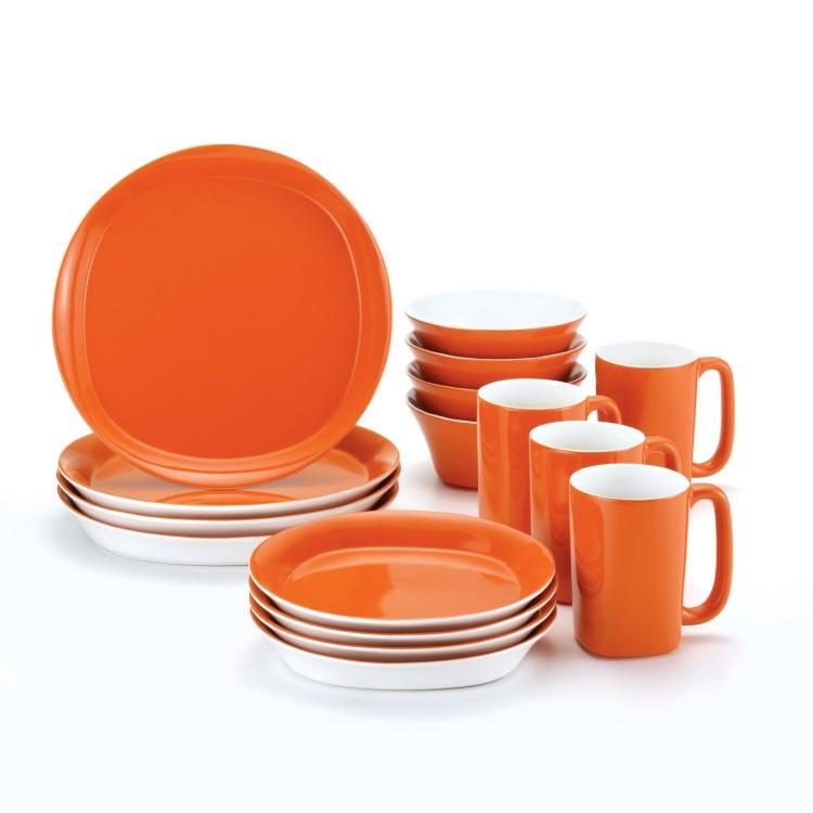 Rachael Ray Dinnerware Round and Square 16-Piece Dinnerware Set, Orange
